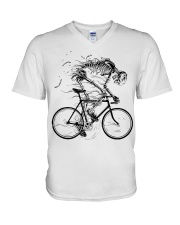 Cycling skeleton - cycling till die V-Neck T-Shirt tile