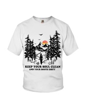 Keep your soul clean and your boót dirty Youth T-Shirt thumbnail