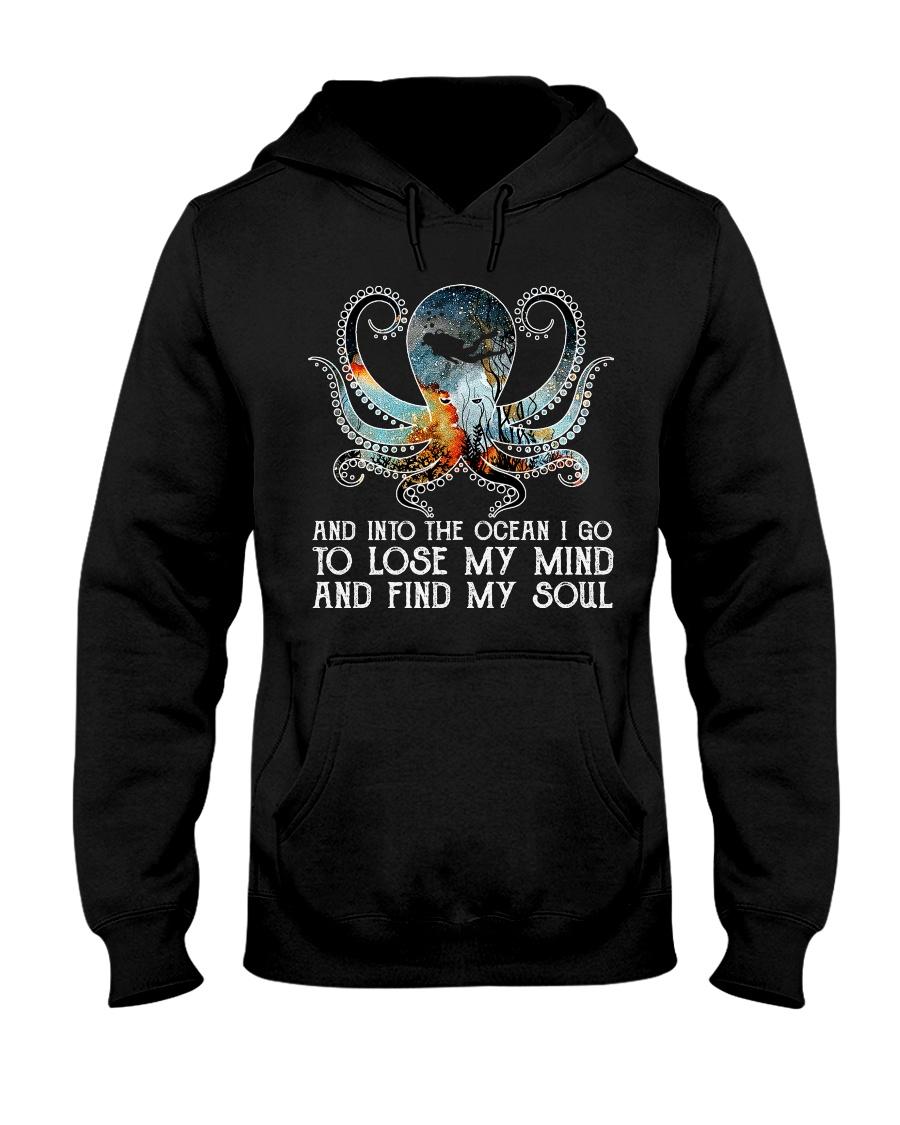 Scuba diving octopus into the ocean art Hooded Sweatshirt