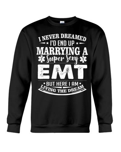 MARRYING A SUPER SEXY EMT