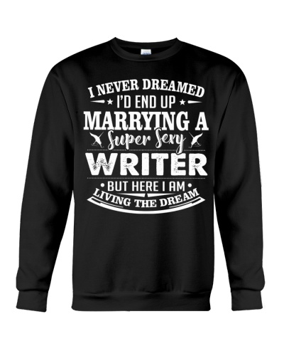 MARRYING A SUPER SEXY WRITER