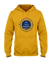OUTER BANKS - I AM ON A TREASURE HUNT Hooded Sweatshirt front