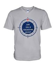 OUTER BANKS - I AM ON A TREASURE HUNT V-Neck T-Shirt thumbnail