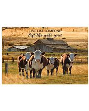 Cow Poster PHT062005A07VT0605 17x11 Poster front
