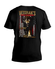 VETERAN'S  GIRLFRIEND - I'M THE WOLF   V-Neck T-Shirt thumbnail