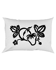 Mariah's prologues: Strawberry Dreaming black Rectangular Pillowcase thumbnail