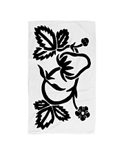Mariah's prologues: Strawberry Dreaming black Hand Towel thumbnail