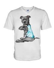 Pitbull Dog I love Mom shirt V-Neck T-Shirt thumbnail