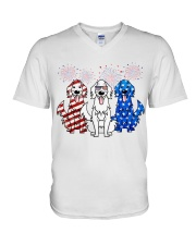 Golden Retriever Independence Day V-Neck T-Shirt thumbnail
