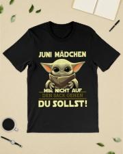 Juni Madchen Classic T-Shirt lifestyle-mens-crewneck-front-19