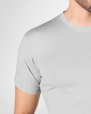 kagura Premium Fit Mens Tee garment-premium-fit-men-tee-detail-front-neck-01