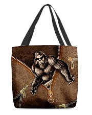 Bigfoot  All-over Tote front