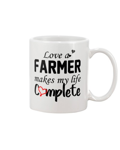 Love a farmer makes my life complete mugs