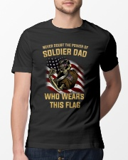 Never Doubt The Power Of Soldier Dad Who Wear Flag Classic T-Shirt lifestyle-mens-crewneck-front-13