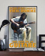 qui joue de la guitare 16x24 Poster lifestyle-poster-2