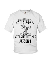 Never Underestimate Old Man Weightlifting August Youth T-Shirt thumbnail