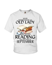 Never Underestimate Old Lady Reading September Youth T-Shirt thumbnail