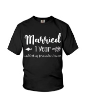 1 Year Married 1st Anniversary Youth T-Shirt thumbnail