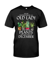 Never Underestimate Old Lady Love Plants December Classic T-Shirt front