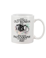 Never Underestimate Old Woman Photography July Mug tile