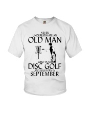 Never Underestimate Old  Man Disc Golf September Youth T-Shirt thumbnail
