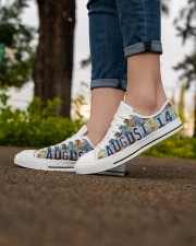 AUGUST 14 LICENSE PLATES Women's Low Top White Shoes aos-complex-women-white-low-shoes-lifestyle-07