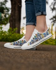 AUGUST 24 LICENSE PLATES Women's Low Top White Shoes aos-complex-women-white-low-shoes-lifestyle-07