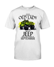 Never Underestimate Old Lady Jeep September Classic T-Shirt front