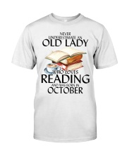 Never Underestimate Old Lady Reading October Classic T-Shirt thumbnail