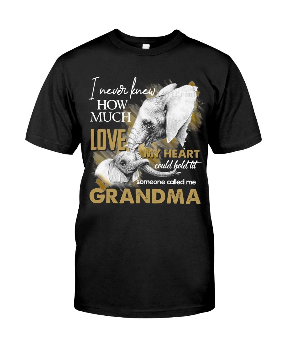 GRANDMA - VINTAGE - ELEPHANTS Classic T-Shirt