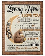 DAUGHTER TO MOM Fleece Blanket tile