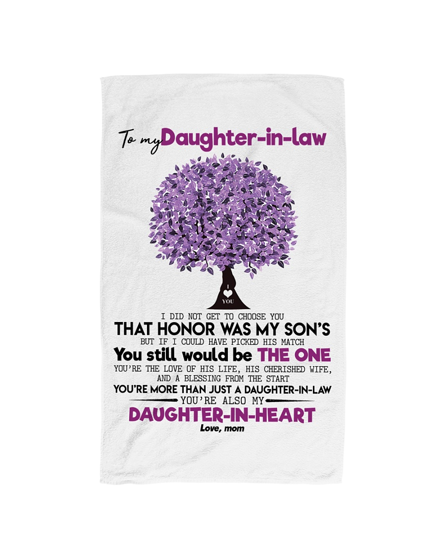 MOM TO DAUGHTER IN LAW Hand Towel