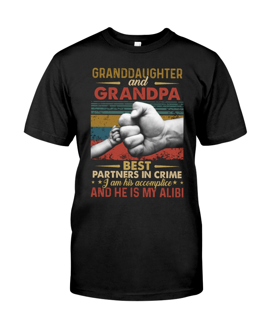 GRANDPA AND GRANDCHILDREN - TSHIRT Classic T-Shirt