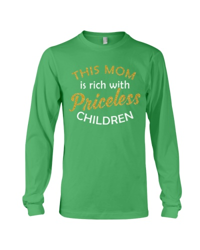 This Mom Is Rich