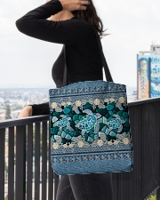 tote bag All-over Tote aos-all-over-tote-lifestyle-front-05
