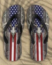 fefdse Men's Flip Flops aos-men-flip-flops-lifestyle-front-04