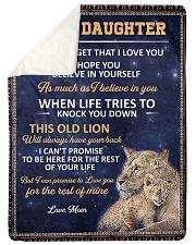 lion mom 3 Sherpa Fleece Blanket tile
