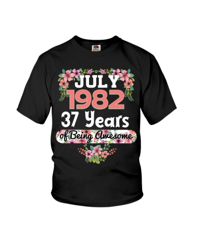 Womens July 1982 37 Years of Being Awesome Women