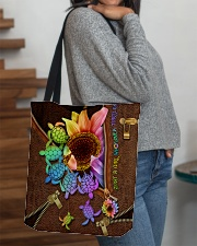TURTLE SUNFLOWER BAG All-over Tote aos-all-over-tote-lifestyle-front-09