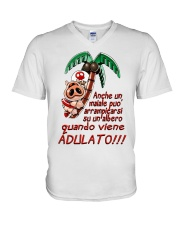 Maiale adulato - Yattaman Shirts and Bags V-Neck T-Shirt tile