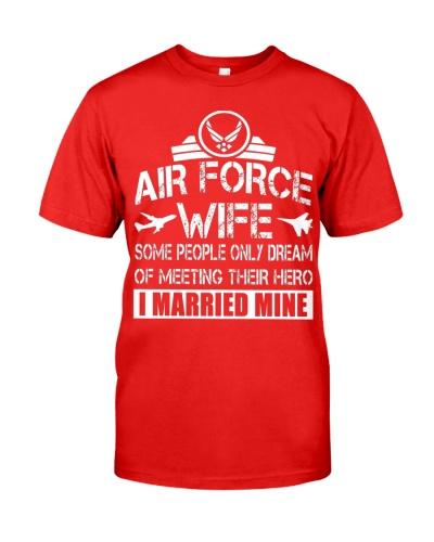 Air Force Wife Dream Of Meeting Their Hero