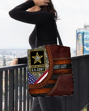 US AM Tote lady All-over Tote aos-all-over-tote-lifestyle-front-05