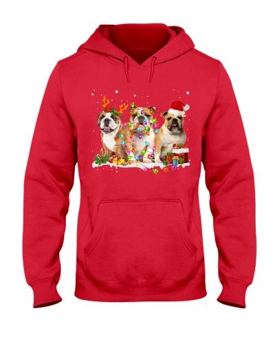 English Bulldog-Snow-Christmas