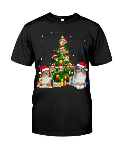 Shetland Sheepdogs-Christmas Tree