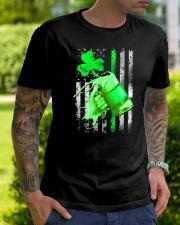 St-Patrick Flag - Beer Splash Classic T-Shirt lifestyle-mens-crewneck-front-7