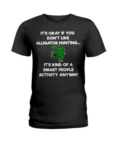 Alligator Hunting Funny T-Shirt - Smart