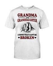PERFECT GIFT FOR GRANDMA Classic T-Shirt tile