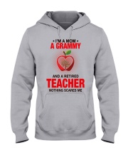 NOTHING SCARES ME - PERFECT GIFT FOR GRAMMY Hooded Sweatshirt front