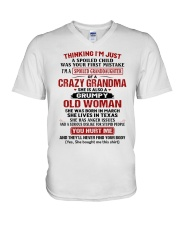 OLD WOMAN - SPECIAL GIFT FOR GRANDMA V-Neck T-Shirt tile