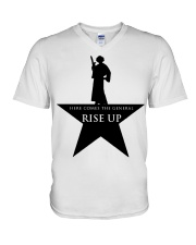 Princess Leia Here comes the general Rise up shirt V-Neck T-Shirt tile